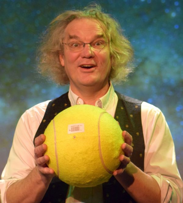 School Science show, Ian B Dunne and a Big Tennis Ball